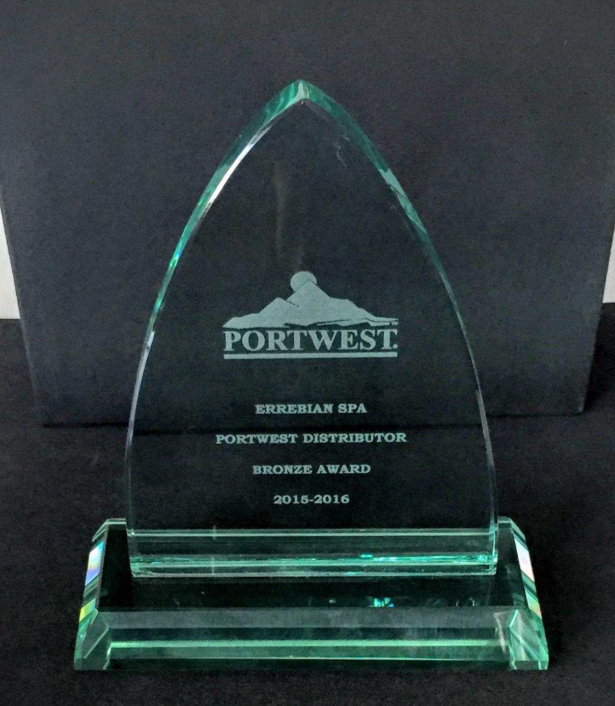 Errebian Portwest Distributor Award_1