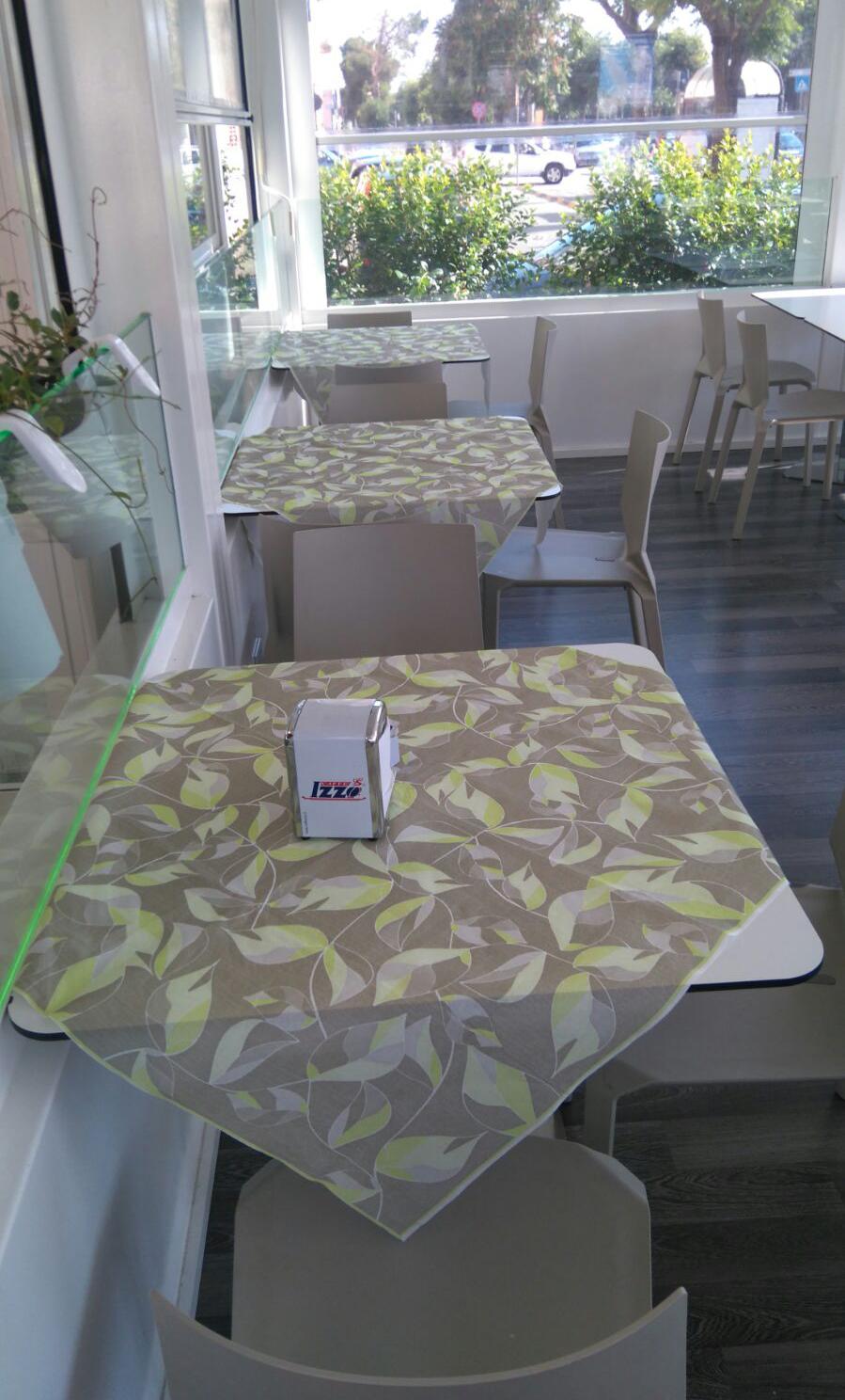 Nuovo volto alla ristorazione con il tovagliato monouso for Nuovo arredo andria catalogo
